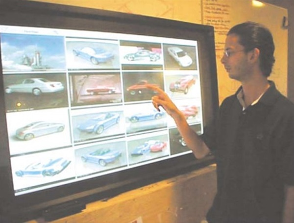 Large displays in automotive design